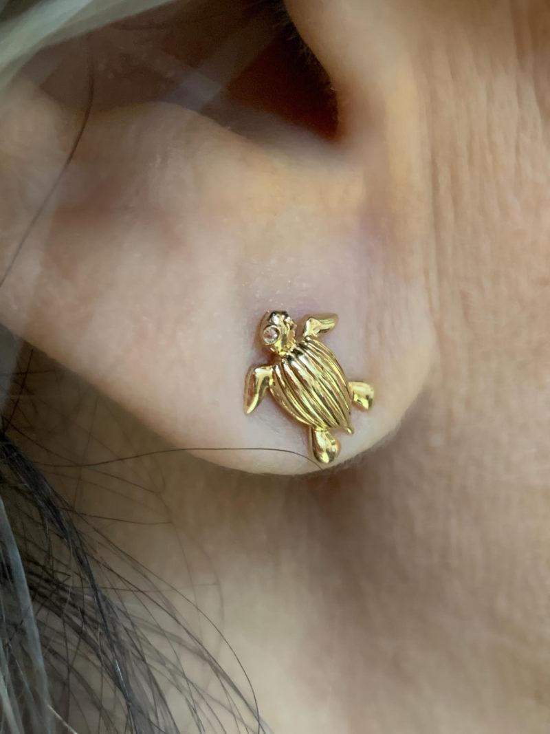 Leatherback Sea-turtle (Tinglar) Stud Earrings Solid 14K Yellow Gold with Diamond Eyes